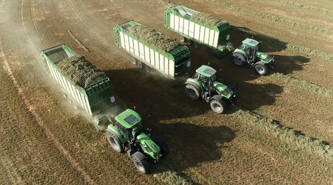 tractores con carro autocargador de forraje